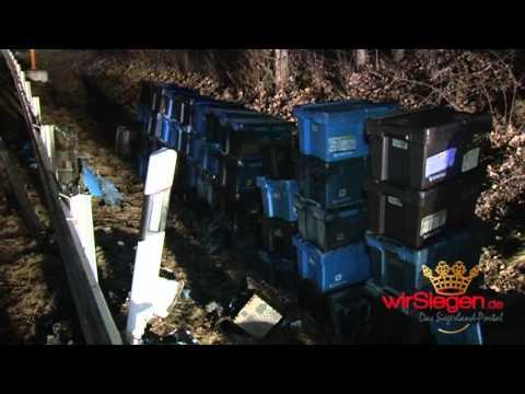 Schwellbrand auf Klein LKW - Siegener Feuerwehr löscht