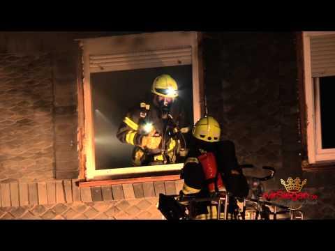 Wohnhausbrand in Wilden fordert einen Schwerstverletzten (Wilnsdorf-Wilden/NRW)