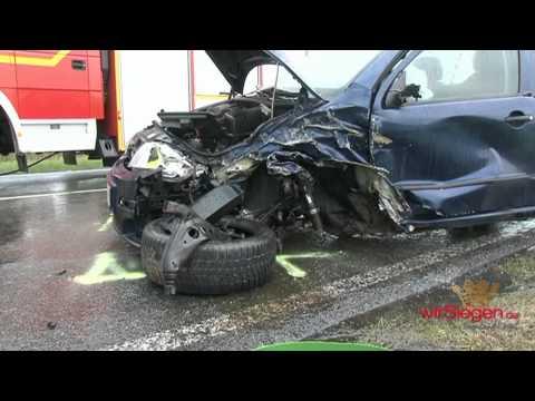Schlimmer Urlaubsausklang: 4 Verletzte bei Frontalcrash