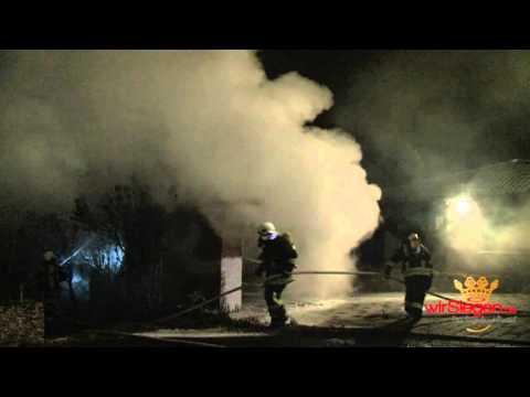 Feuer in Littfeld – Hütte und Garage im Vollbrand