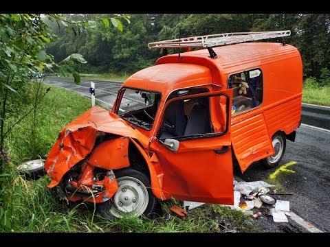 Schwerer Verkehrsunfall mit zwei Verletzten (Hilchenbach/NRW)