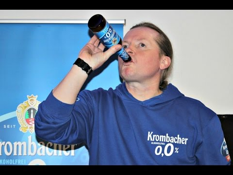 Joey Kelly löscht seinen Durst mit Krombacher