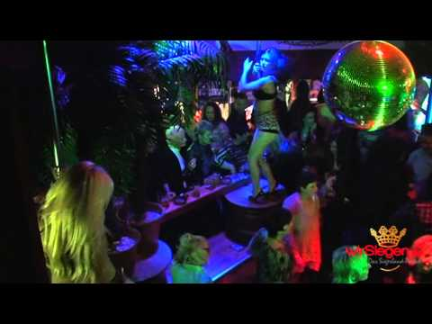 """Party wie vor 40 Jahren: Prächtige Stimmung in der """"Kultdisco"""""""