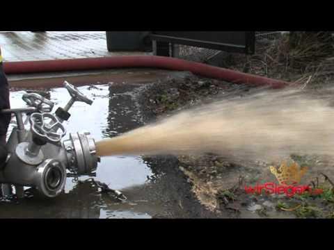 Burbach Holzhausen: Hochwasser – Wasser flutet Hundepension