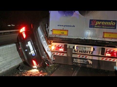 Lkw drückt Pkw auf A45 in die Mittelschutzplanke (Freudenberg/NRW)