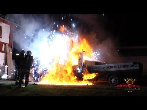 Erneut Brandstiftung in Kreuztal-Eichen: Klein-LKW völlig ausgebrannt