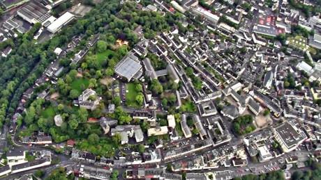 Deutlich mehr Wohnungen und Baugrundstücke in der Stadt Siegen gekauft. (Archivbild: Kay-Helge Hercher)