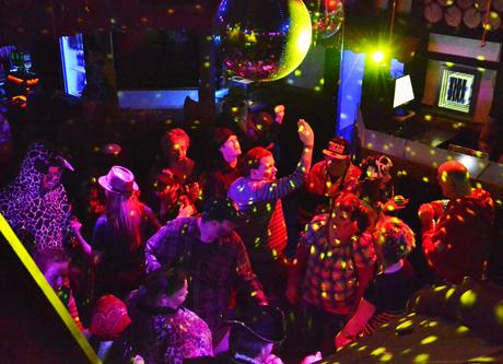 Auch im vergangenen Jahr war auf der Karnevalsparty mächtig was los (Archivbild: M.Groß / wirSiegen.de)