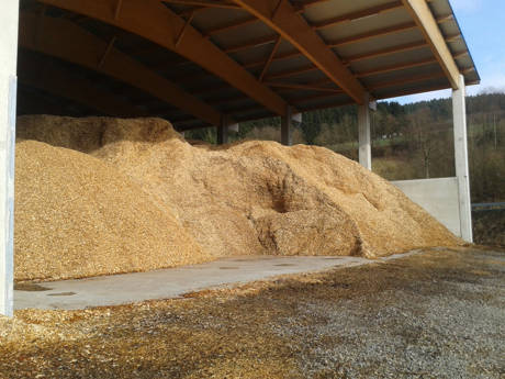 Das Brennmaterial Holzhackschnitzel. Foto: Initiative