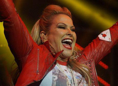 """Megastar Anastacia begeisterte ihr Publikum im große Zelt bei """"KulturPur"""". Fotos: Jürgen Kirsch"""