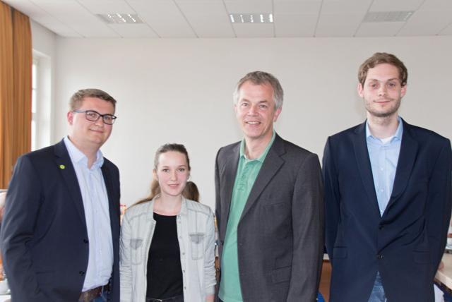 v.l.n.r.: Björn Eckert, Kreisverbandssprecherin Christina Pohl, Johannes Remmel, Simon Rock (Foto: Partei)