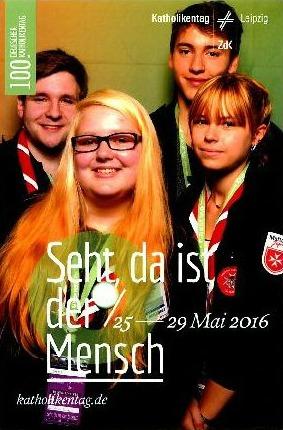 """Sabrina Schmidt, Shiva Reuter, Nico Steffenhagen und Lukas Gerdes, Schulsanitäter """"Auf der Morgenröthe"""", bei ihrem Einsatz in Leipzig. (Foto: Malteser)"""