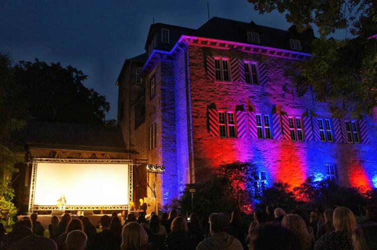 2016-08-04_Siegen_Brunnenwiese Oberes Schloss_KGB Kunst gegen Bares_Foto_Hercher_048