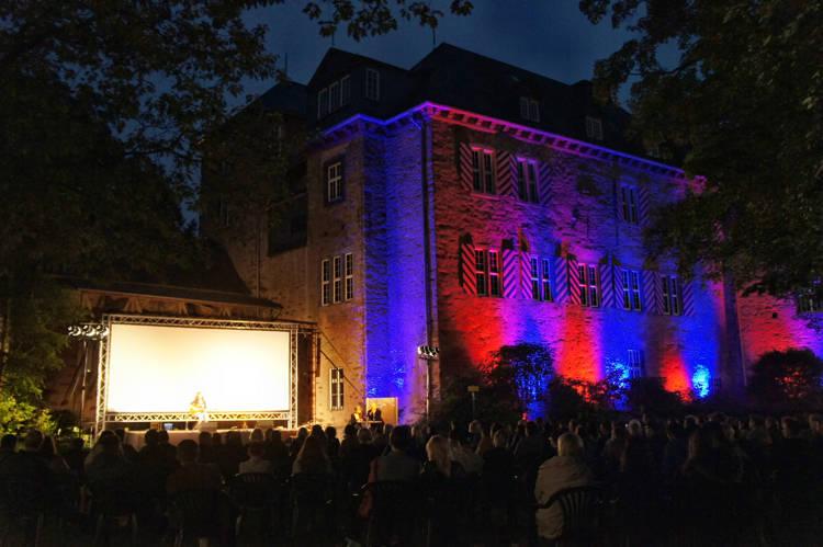 2016-08-04_Siegen_Brunnenwiese Oberes Schloss_KGB Kunst gegen Bares_Foto_Hercher_051