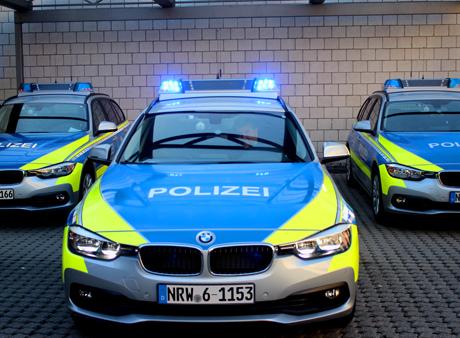 2015-12-10_siegen_polizeiauto_streifenwagen_archiv_fotos_m_groay_01