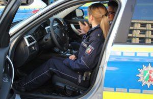2015-12-10_siegen_polizeiauto_streifenwagen_archiv_fotos_m_groay_03