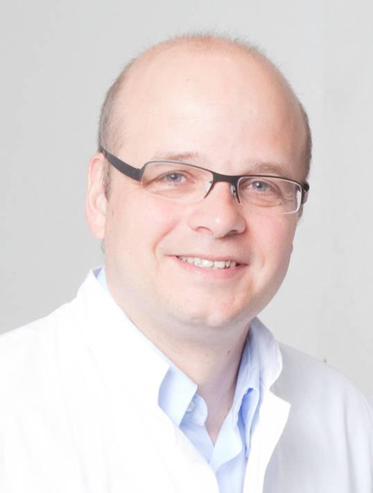 Ärzte, wie u.a. Dr. Peter Weib, raten zur Krebsfrüherkennung ab dem 45. Lebensjahr