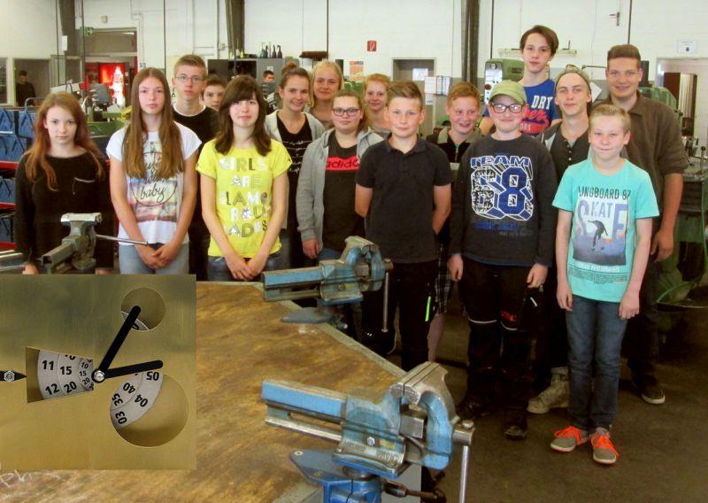 """Der letzte """"Drehscheibenuhr""""-Kurs fand im Juli in Bad Berleburg statt. Er stieß bei den jungen Teilnehmern auf große Resonanz. (Foto: Kreis)"""