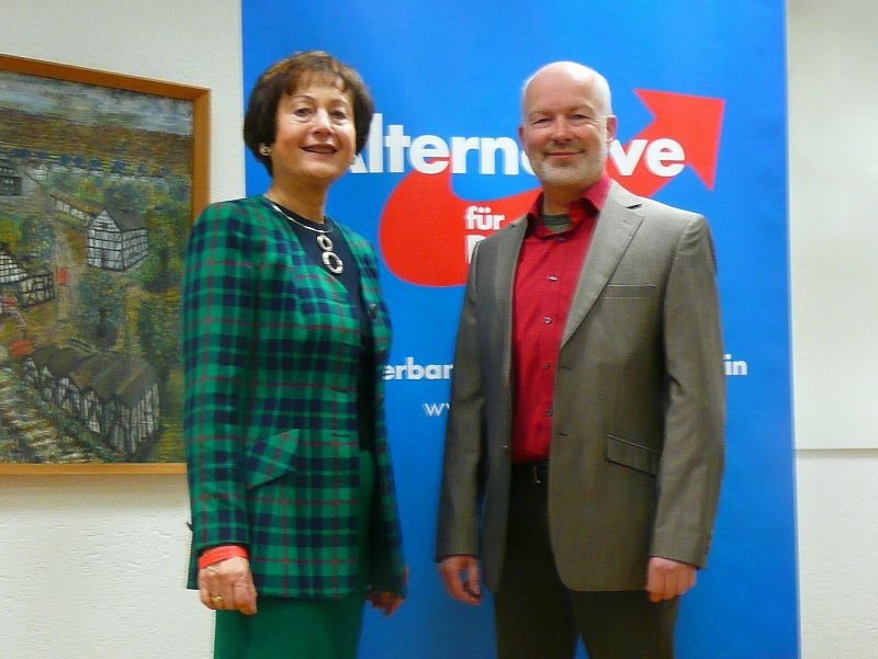 Die AfD-SiWi hat die Direktkandidaten Brigitte Eger-Kahleis und Michael M. Schwarzer gewählt (Foto: AfD)