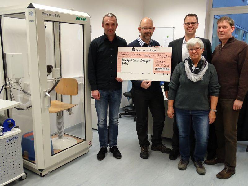 v.l.n.r.: Roland Penz, Marc Perkovic, Karla Maier, Dirk Helmes, Dietmar Schäfer (Foto: Club)