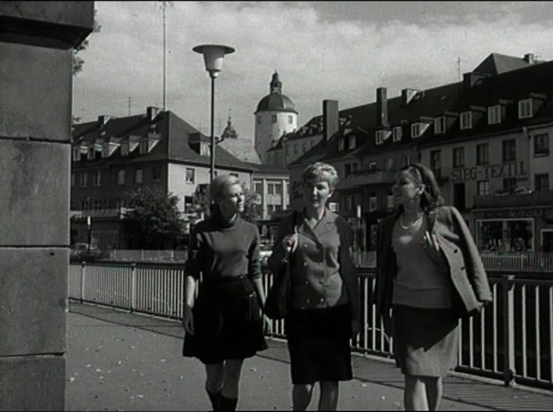 2016-11-23_siegen_historischer-film_reisen-in-deutschland_screenshot_mundus-tv_02