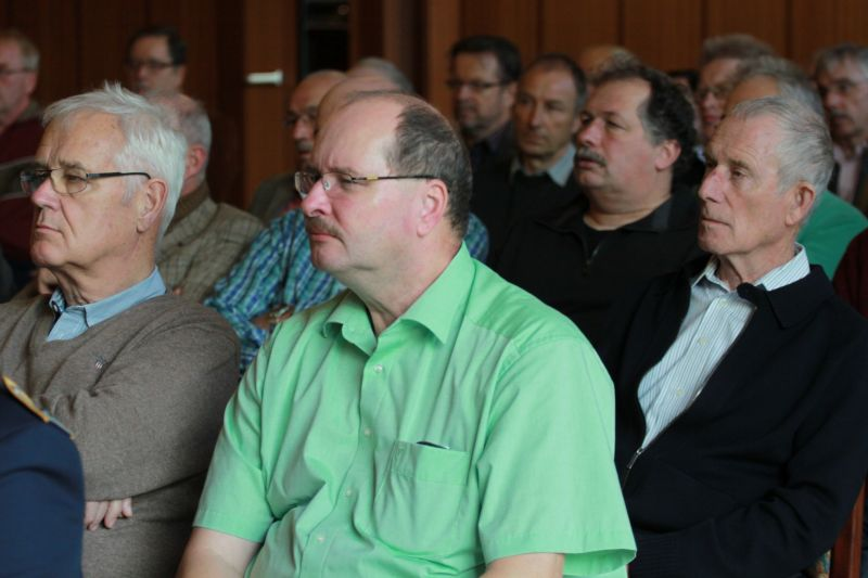 Wieder einmal volles Haus im Hachenberg Casino. Über 70  ehemalige Soldaten und Beschäftigte informierten sich über die neusten Ereignisse. (Foto: Peter Hanke)