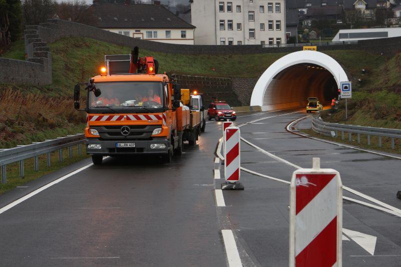 2016-12-02_siegen_niederschelden_hts_tunneleroeffnung_c_mg-21