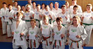 Alle erfolgreichen Teilnehmer. Foto: Judofreunde Siegen-Lindenberg