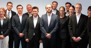 Die studentischen Projektteams mussten sich vor den Geschäftsführern der teilnehmenden Unternehmen beweisen. (Foto: Uni)