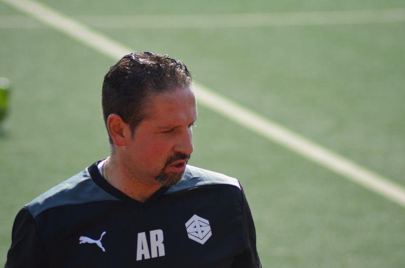 Rubio-Doblas verlängert beiden Fußballern des TSV Weißtal (Foto: Verein)