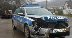 einsatzfahrt-unfall-polizei