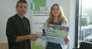 Überreicht wurde der Gewinn jetzt in der WLV-Geschäftsstelle Ferndorf durch WLV-Vizepräsident Henner Braach aus Netphen.