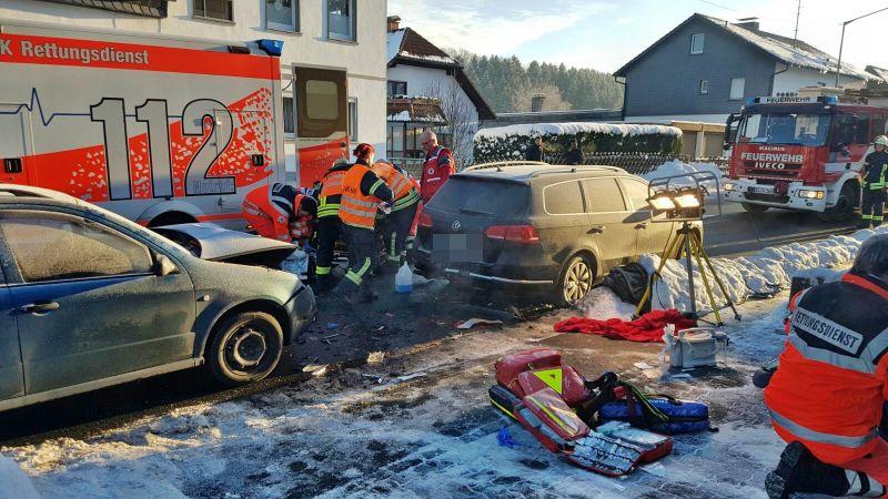 2017-01-18_Oberholzklau Langenholdinghausen_VUP_Fußgänger schwerverletzt_Foto_mg_1