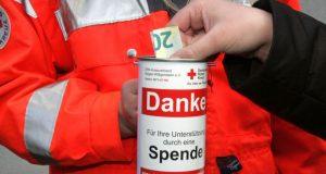 Spendensammlung für die Rotkreuzarbeit (Foto: DRK)