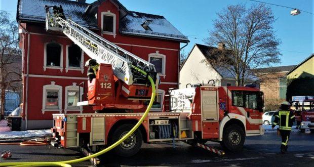 2017-01-21_Siegen_Eiserfelderstraße_Feu4_Zimmerbrand_(c)_Mg (11)