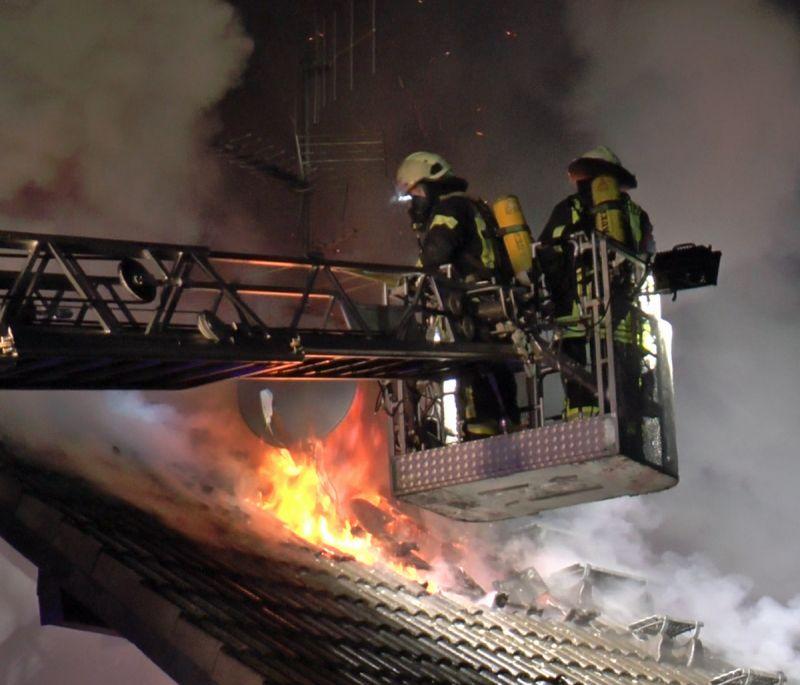 feuer-wohnhausbrand-littfeld