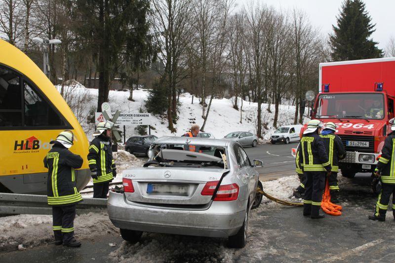 PKW-Zug-Unfall