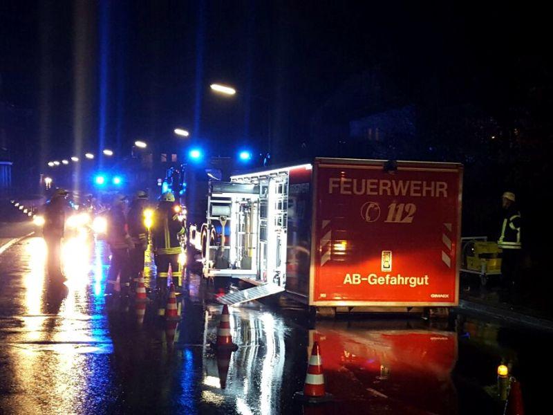 2017-02-04_Wilnsdorf-Wilden_Freiergrunder Strasse_Heizöl ausgelaufen_Foto_Hercher_2
