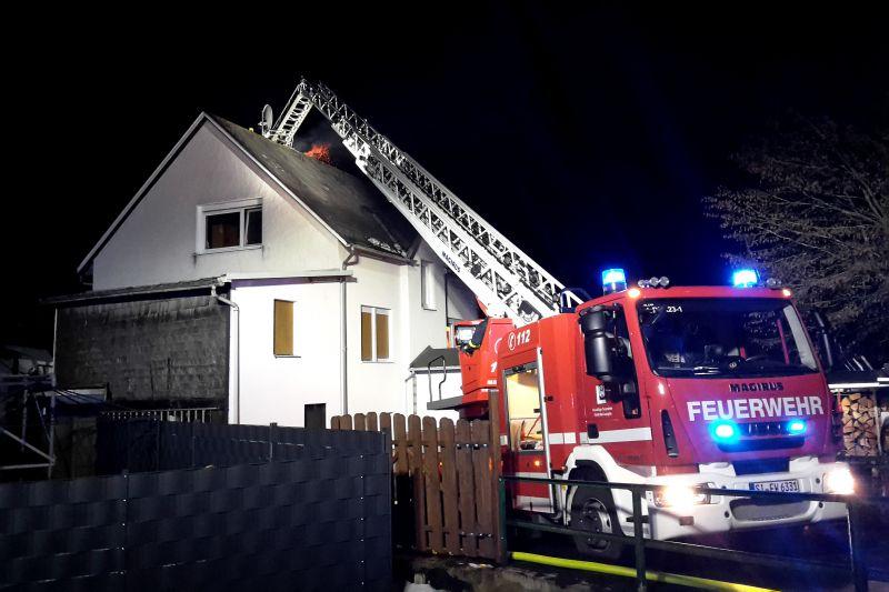 Die Feuerwehr musste zu einem Kaminbrand in die Bergstraße ausrücken (Foto: Feuerwehr)