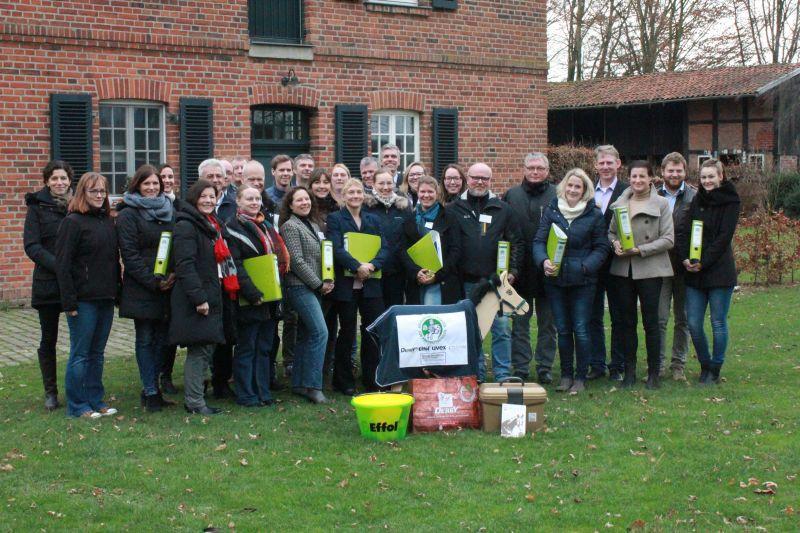 Gruppenfoto der Gewinnervereine des Gründerwettbewerbs Foto: FN