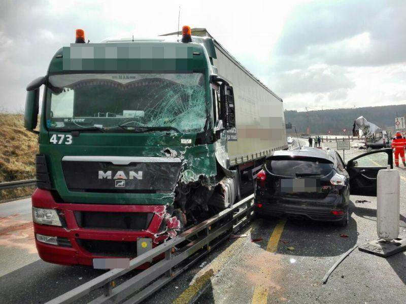 Unfall A45 Wetzlar