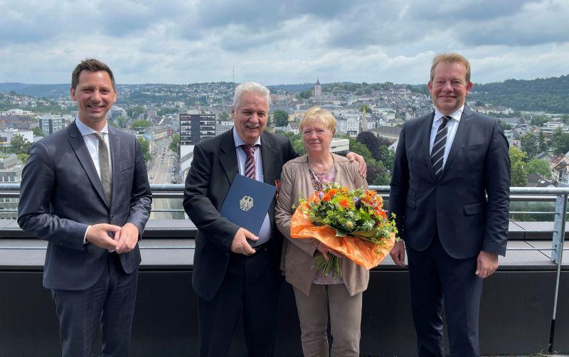 Horst Willi Kiel Mit Bundesverdienstkreuz Ausgezeichnet Wirsiegen Das Siegerland Portal